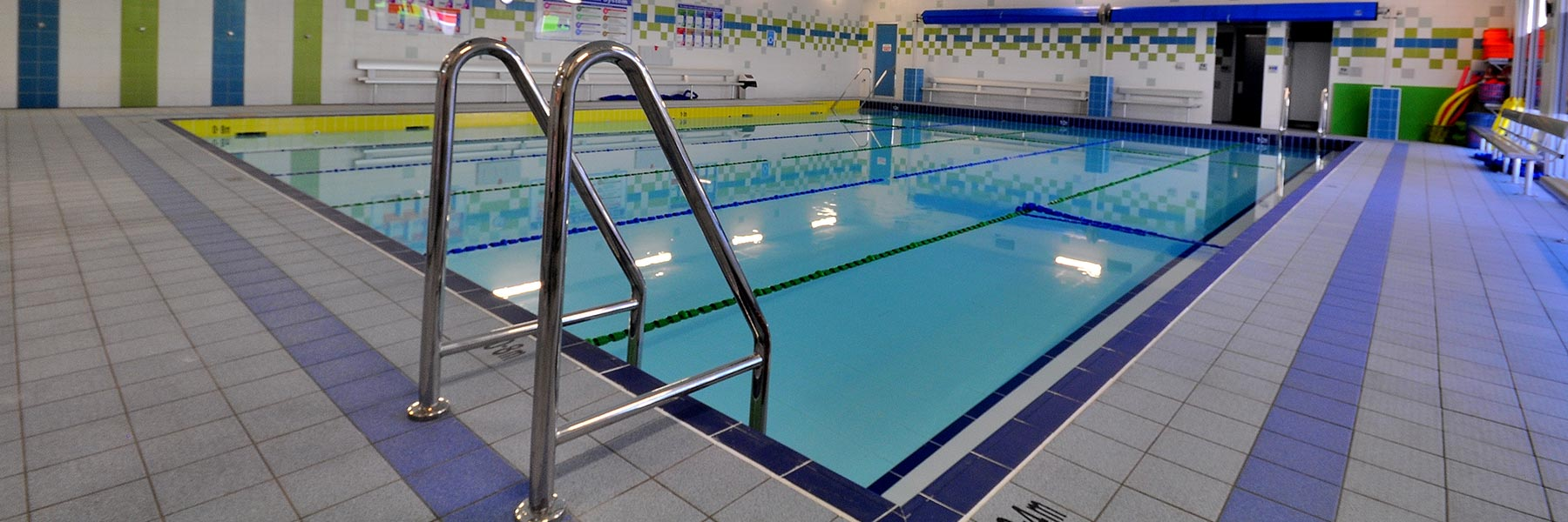 stateswim kwinana pool entry ladder